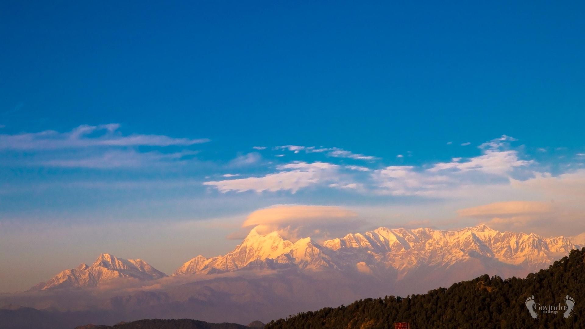 Himalayas from Ma Sukhadevi Mandir in Dunagiri