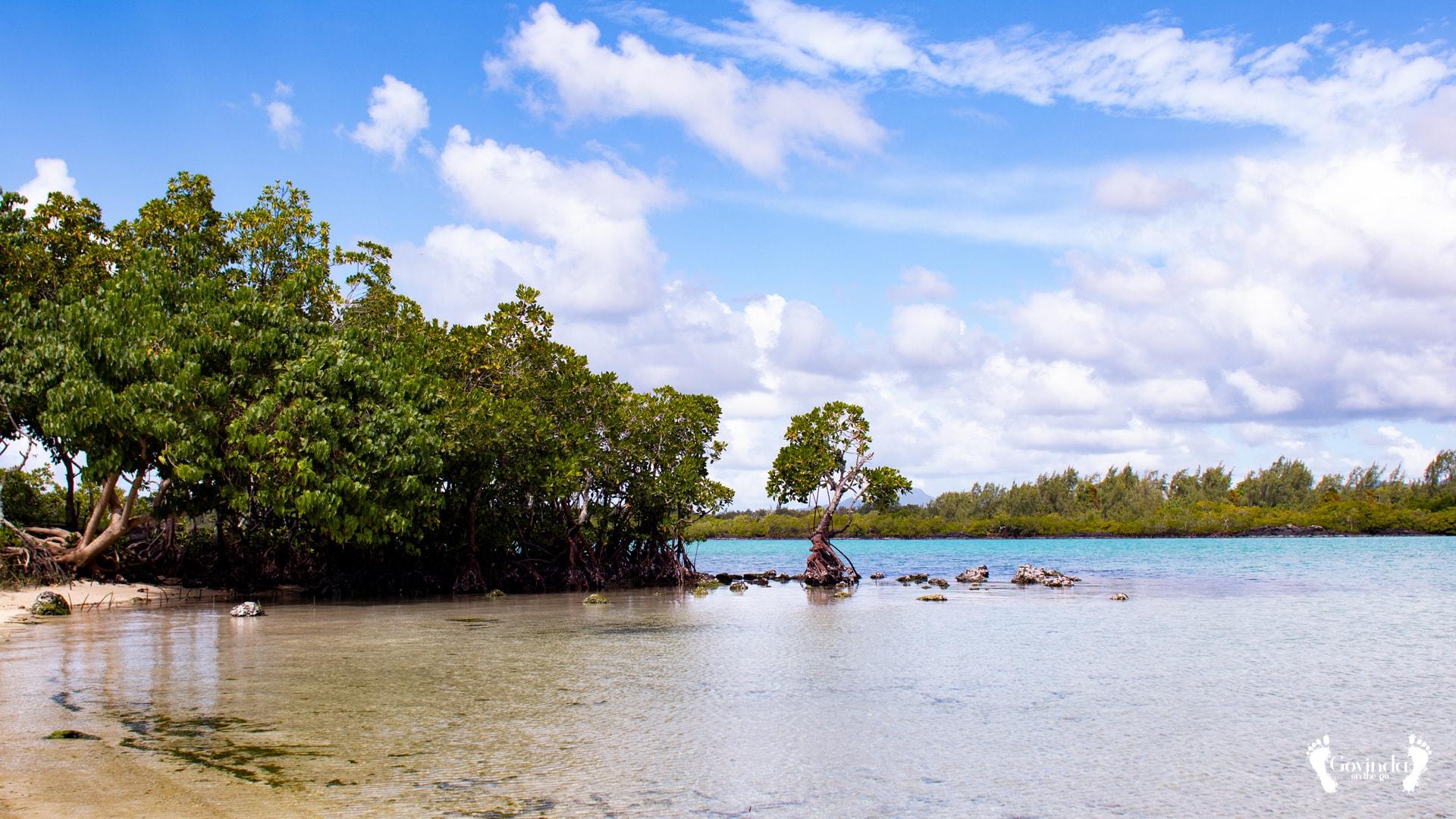 Poste Lafayette beach Mauritius